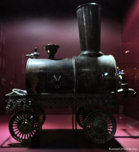 Samovar in the form of steam locomotive from Tula, Russia (the 2nd half of 19th century).