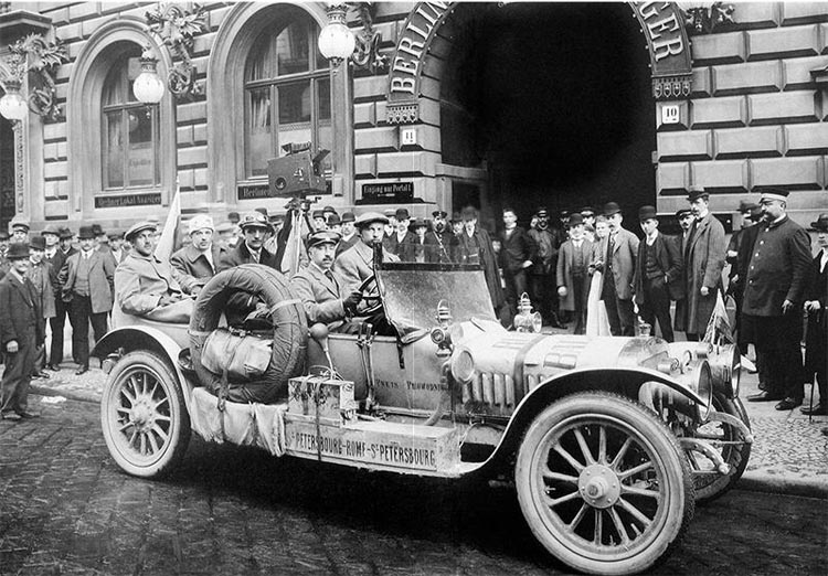 Russo-Balt car that participated in the St Petersburg – Rome – St Petersburg motor rally (1910).
